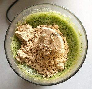 Trader Joe's Organic Pea Protein Powder Vanilla in my blender!